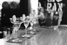 Free Cocktail Glasses Royalty Free Stock Images - 86290689