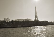 Free La Seine Royalty Free Stock Photo - 86292375