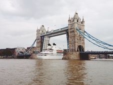Free The Thames Stock Photo - 86299050