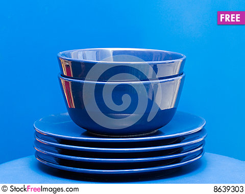 Free Plates And Bowls Stock Photos - 8639303