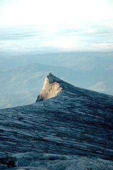 Free Mountain Range Royalty Free Stock Photos - 8635238