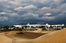 Free Dunes Hotel Royalty Free Stock Image - 8636706
