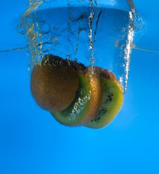 Free Kiwi In Water Stock Photo - 8637570