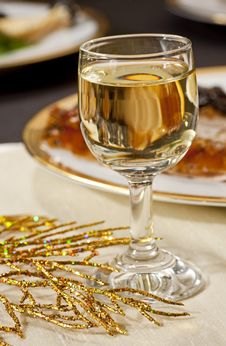 Free Glass Of Wine Stock Images - 8637704