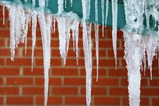 Free Winter's Icicles Royalty Free Stock Photography - 86301217