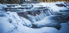 Free Frozen River Stock Images - 86304254