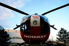 Free Helicopter Outside Hospital Building Stock Image - 86352771