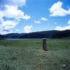 Free Shangri-La Grassland Stock Photography - 8641602