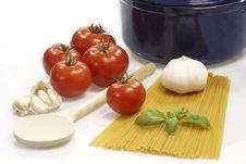 Free Cooking Spaghetti Royalty Free Stock Photos - 8647278