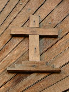 Free Wooden Cross Royalty Free Stock Photography - 8647367