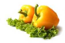 Free Yellow Sweet Pepper With Lettuce Royalty Free Stock Image - 8649076