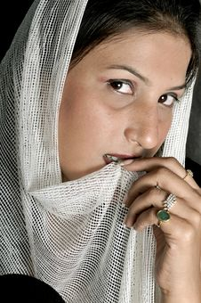 Free Arabian Girl Royalty Free Stock Image - 8649386