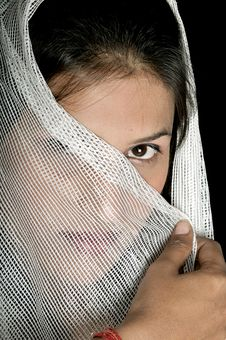 Free Arabian Girl Royalty Free Stock Images - 8649639