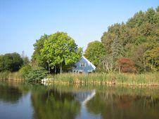 Free Blue_house_Netherlands Royalty Free Stock Photo - 86468035