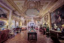 Free Cliffe Castle Great Drawing Room Stock Photo - 86468330