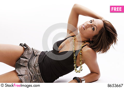 Free Woman Beauty In Skirt Royalty Free Stock Photography - 8653667