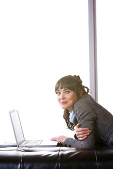 Free Business Woman Modern Office Royalty Free Stock Photography - 8652907