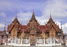 Free Traditional Thai Style Architecture Stock Photography - 8656632