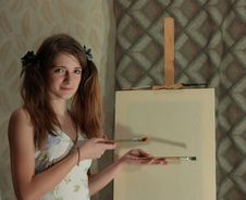 Free Girl Near Easel Royalty Free Stock Photo - 8658025