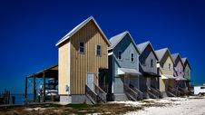 Free Inline House Near Seashore During Daytime Royalty Free Stock Photography - 86573397
