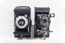 Free Vintage Cameras In Black And White Stock Images - 86577374