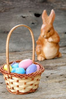 Free Easter Basket And Eggs Stock Photos - 8661333