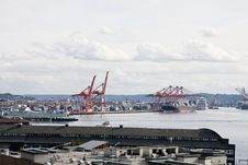 Free An Industrial Shipping Port And A Busy Harbor Stock Photos - 8662943