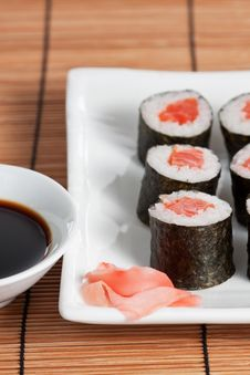 Free Salmon Roll Royalty Free Stock Photography - 8664397