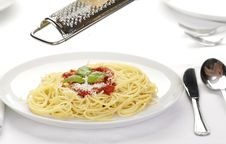 Free Pasta With Tomato Sauce Royalty Free Stock Images - 8664609