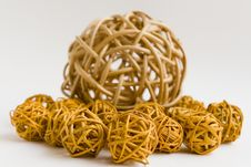 Free Wicker Ball Royalty Free Stock Photos - 8665428