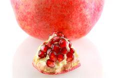 Free Pomegranate Royalty Free Stock Photos - 8666268