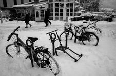 Free Kicksled & Bicycles In Snow. Bodø, Norway Stock Photography - 86688652