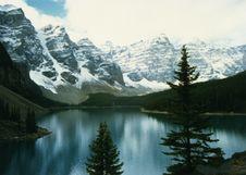 Free Canadian Rockies Lake 2 Royalty Free Stock Photo - 86689735