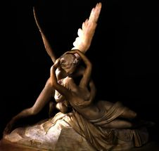 Free Angel Statue Royalty Free Stock Image - 86690436