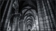 Free North Aisle, Notre Dame De Paris Stock Images - 86693384