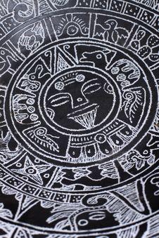 Free Aztec Calendar Royalty Free Stock Images - 8670679