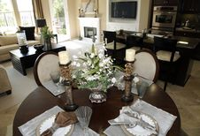 Free Luxury Home Dining Table. Royalty Free Stock Photography - 8676717