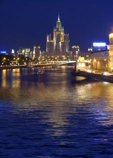 Free Quay Moscow River Stock Photography - 8680992