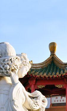 Free Chinese Female Statute Stock Photos - 8682773