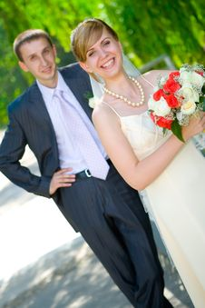Free Bride And Groom Royalty Free Stock Image - 8683676