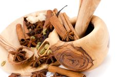 Cinnamon Sticks,Cardamom,vanilla Bean And Star Ani Royalty Free Stock Images