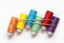Free Threads And Needles Royalty Free Stock Images - 8684859