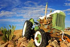 Free Antique Tractor Stock Photos - 8685253