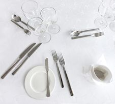 Free Dishware On A Table Stock Photos - 8689383
