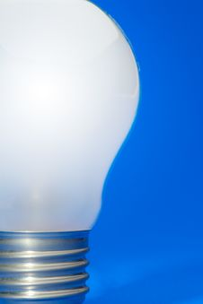 Free Light Bulb Stock Photos - 8690243