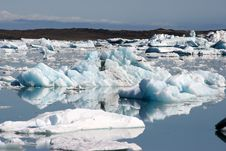 Free Icebergs Royalty Free Stock Photo - 8693285