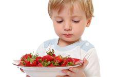 Free Strawberry Boy Royalty Free Stock Image - 8698746