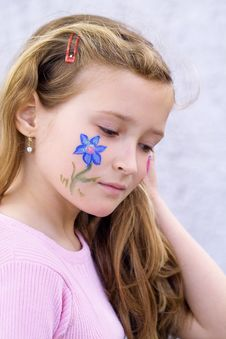 Free Pretty Girl With Flower Butterfly Make-up Stock Photography - 871272