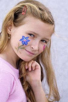 Free Pretty Girl With Flower Butterfly Make-up Stock Photo - 871320