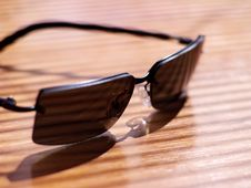 Free Mens  Sunglasses In Strong Light And Shallow Focus Stock Image - 871631